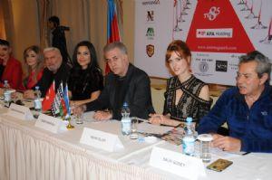 ÜNLÜ OYUNCULAR AZERBAYCAN'DA SÝNEMA GÜZELÝ SEÇTÝLER