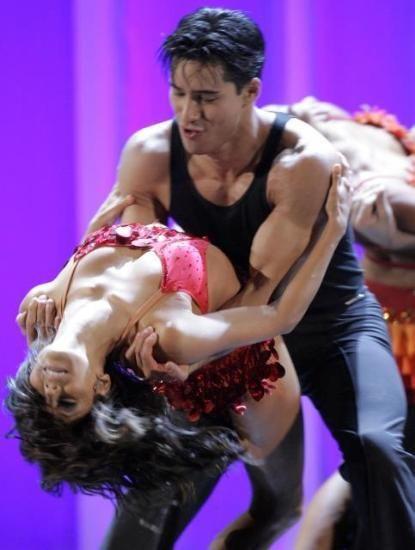 Ева Лонгория с Марио Лопесом в секс-вальсе в Пасадене (4 фото) .