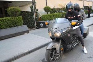 ÝDO TATLISES'ÝN ÇOK KONUÞULAN 90 BÝNLÝK MOTORU! BABAMIN EMEKLÝ MAAÞIYLA ALDIM